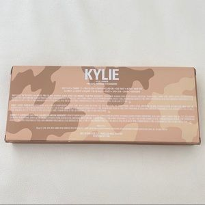 Kylie Cosmetics Makeup - KYLIE COSMETICS Take Me On Vacation Palette
